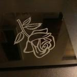 Лазерно гравиране на стъкло роза
